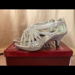 Size 7 Silver Heels